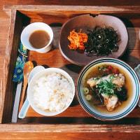 たび飯店まかないは海南鶏飯シンガポールチキンライス