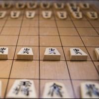 〇【羽生3冠が藤井四段を祝福】・・・・・・・・将棋界「新しい時代の到来を象徴する」⇔おめでとう。これからの奮闘を期待する!