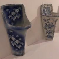 青と白の意外な使われ方/染付古便器の粋(Bunkamuraギャラリー)