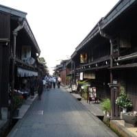 飛騨高山の町を歩く