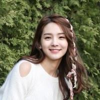 Song SoHee ( ソン・ソヒ )
