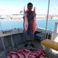 沖縄県乗り合い遊漁船真生丸