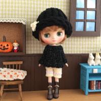 ナナズリトルラス★黒いセーターとニット帽コーデ