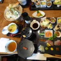 多彩な手巻き寿司。