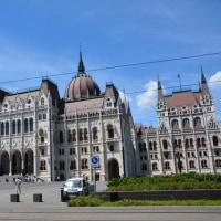 ブダペスト2日目は朝から国会議事堂見学へ