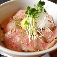 肉料理専門店 榮互のレアローストビーフ丼
