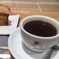 パリのカフェを大阪で体験