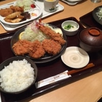 とんかつ和幸で昼食