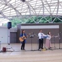 北九州生ける神の教会の賛美隊が北九州市最大の都市型公園でコンサートを行いました