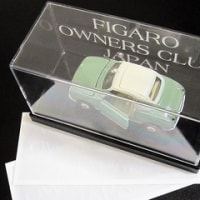 FIGARO OWNERS CLUB JAPAN のステッカー