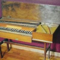 ツンペの制作したピアノ