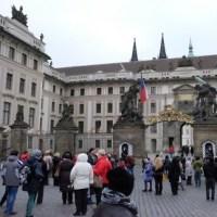 楽しかった旅の一コマ (135) プラハ城界隈