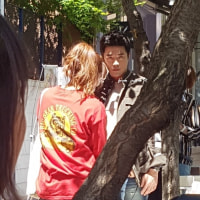 これ。。見たことないような。。。(๑• . •๑)?  クォン・サンウ   チェ・ガンヒ主演『推理の女王』 cafeknockの前で撮影🎥👀