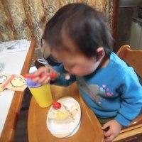 誕生日はイチゴのショートケーキとお寿司屋さん