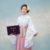 卒業式袴姿で撮影しました!!