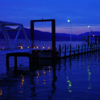 夕暮れのびわ湖畔