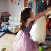 ネオンちゃんの新しいドレス