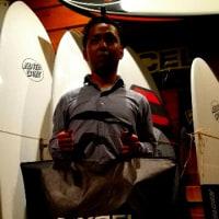 CUSTOM made wetsuits XCEL  震災復興応援フェアxxcelウエットバッグ 冬の準備は万全でなければ(o^―^o)ニコ