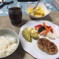 夕飯。ヘルシー食。いただきます。