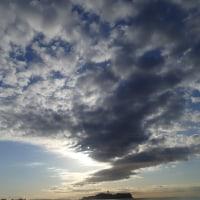この雲が陽射の軌道に
