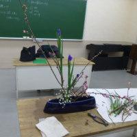 いけ花教室(桃の節句をいける)