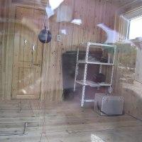 ログハウスの省エネ実験棟を見学してきました。