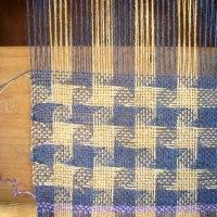 織り方わかりました。