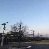 新幹線と夕日