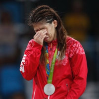 謝罪する必要はない、自分を見つめて  吉田沙保里選手、銀メダルおめでとう
