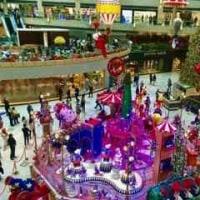 香港のショッピングモールのクリスマス飾り