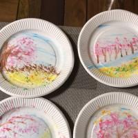 紙皿お絵描き…
