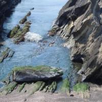 海の岩:20