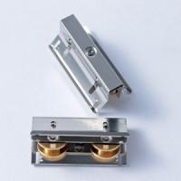 網戸の取り替え戸車 ハメ込み式 W7C-13