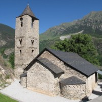 世界遺産「ロマネスク様式・教会」ポイ渓谷・タウル村
