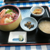 本日の昼食(市場食堂大晃)