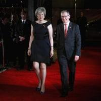 """イギリス 補欠選挙で残留派の無名新人候補の勝利 今後強まる反""""ブレグジット""""圧力"""