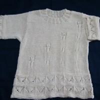 孫のレモンちゃんと色違いで、ママにも編みました~~!