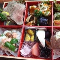 国産ローストビーフ入り季節のお弁当3000円