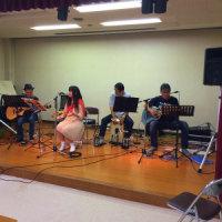 本日は敬老会で慰問ミニライヴを演奏しました。