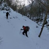 山友と霧氷の名所「明神平」へ①(1月18日)