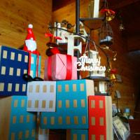 クリスマスの用意と明日のカフェ臨時休業のお知らせ