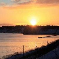 入り江の夕陽