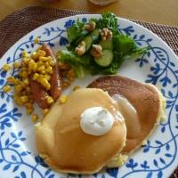 ヨーグルトパンケーキ~サワークリーム&白いはちみつ添えDEワンプレート
