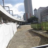 駐車場工事が始まった
