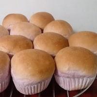 チョコ入り紫芋パン