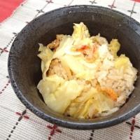 旬の桜エビを使った炊き込みご飯です。