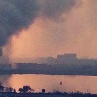 インドIT都市で、汚染された湖が炎上!
