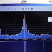 バリコンにトリマコンデンサを並列接続   - 扱う周波数を低めにするために -
