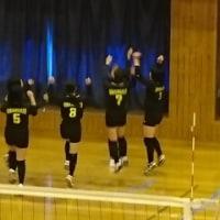 西有田中学校で伊西地区バレーボール大会がありました。