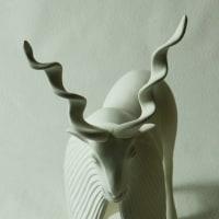 COOL氏の人形  「Markhor Goat」大きめサイズの基本形状ができました。
